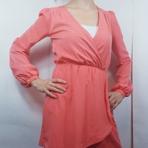 🌹 Arden b coral long sleeve cross over dress xs